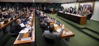 Comissão que analisa MP do saque do FGTS faz audiência pública nesta quinta